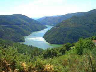 galicia-spain-valley.jpg