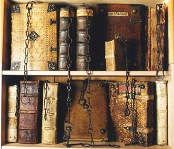 01-12_libros_encadenados.jpg